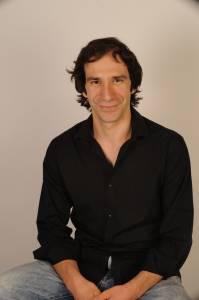 Foto de book del actor Daniel Ortiz