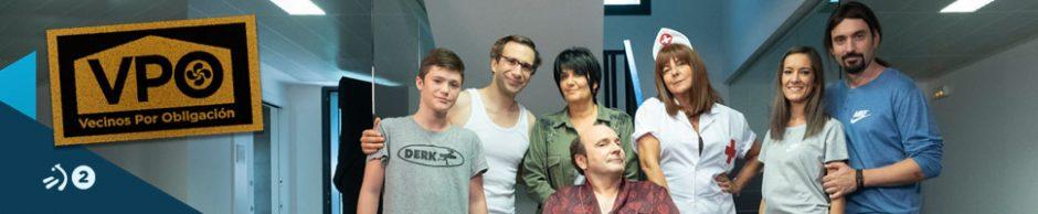 Daniel Ortiz en una imagen de promoción de la sitcom Vecinos por Obligación